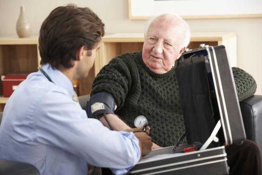 חשיבות ביקור רופא בבית