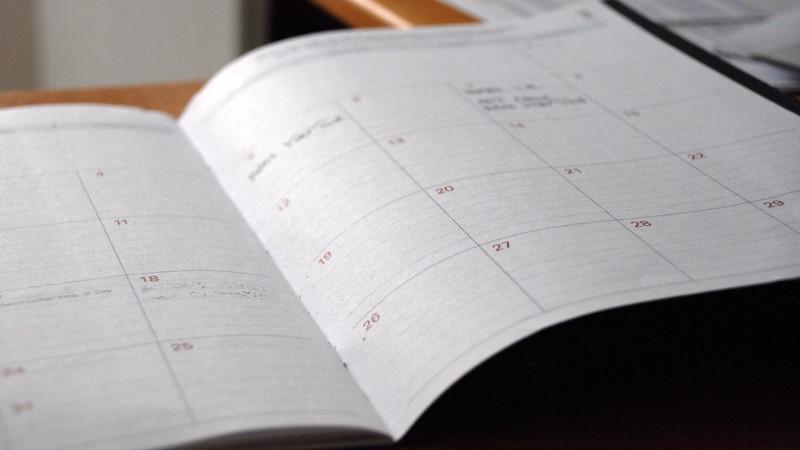 Сколько рабочих дней в месяце у медсестры