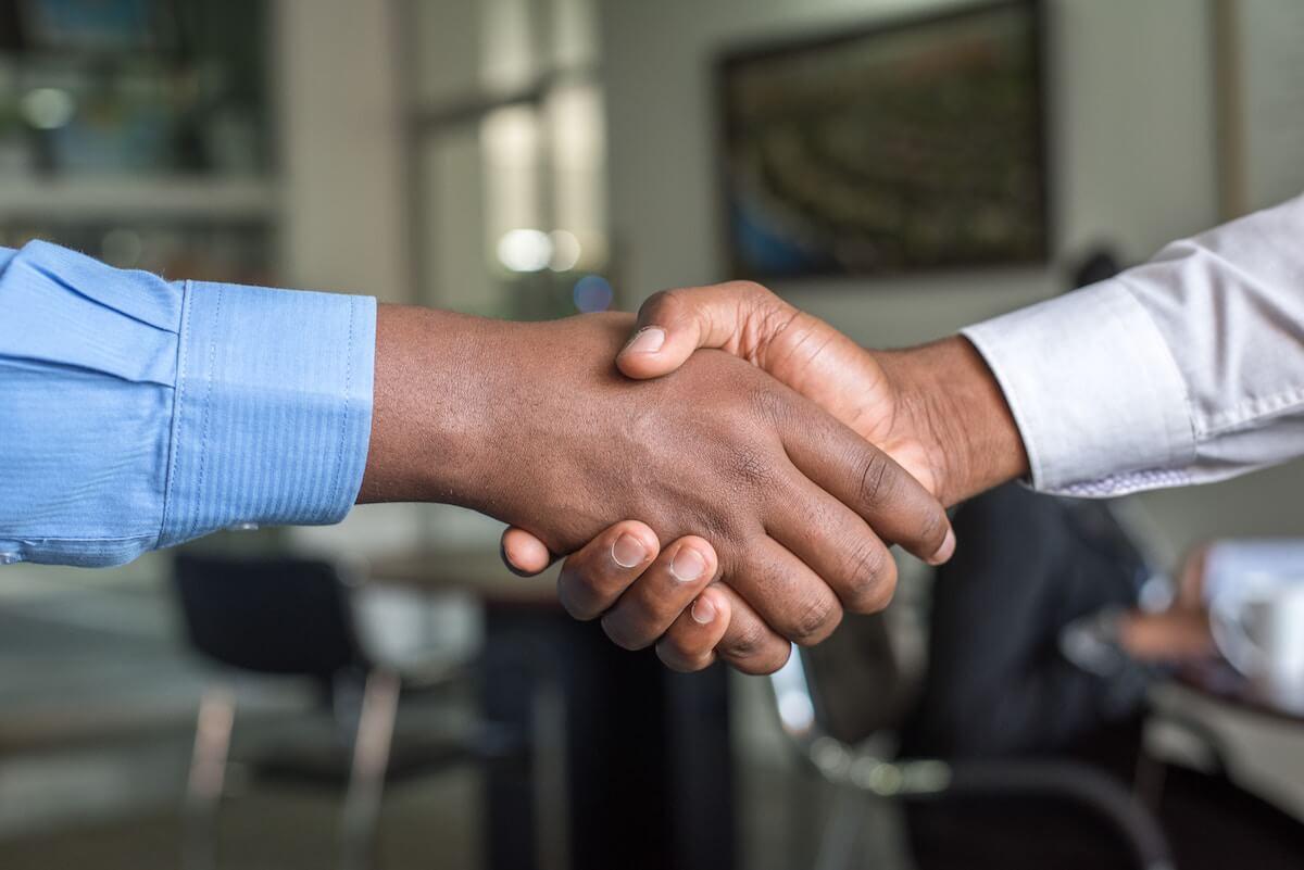 פיצויים לעובד זר במקרה של סיום העסקה