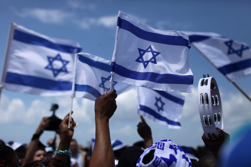 Find out how to get a job and work in Israel